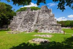El Meco, майяское археологическое место около Cancun, Мексики Взгляд t Стоковое Фото