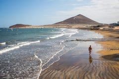 El Medano海滩 特内里费岛,西班牙 免版税图库摄影