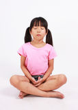 El meditar de la chica joven Fotografía de archivo libre de regalías
