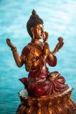 el meditar Seis-armado de Buda Imagen de archivo