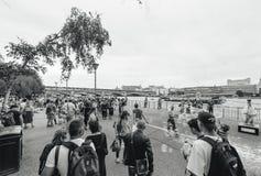 El mejor verano en Londres Reino Unido - burbujas de jabón turísticas Tham Fotos de archivo
