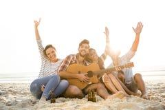 El mejor verano está con los amigos Fotos de archivo