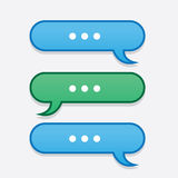 El mensaje de texto burbujea hacia adelante y hacia atrás Foto de archivo