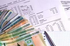 El mercado de acción de la contabilidad financiera representa análisis gráficamente Imagen de archivo