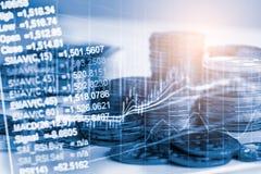 El mercado de acción o el gráfico y la palmatoria comerciales de las divisas trazan el suitab Imagenes de archivo