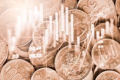 El mercado de acción o el gráfico y la palmatoria comerciales de las divisas trazan el suitab fotografía de archivo libre de regalías