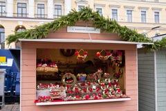 El mercado de la Navidad en el cuadrado del senado, ciudad de Helsinki Fotografía de archivo