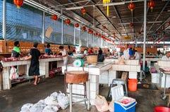 El mercado de pescados siempre apretado Imágenes de archivo libres de regalías