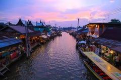 El mercado flotante de Umpawa Fotografía de archivo