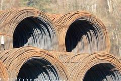 El metal industrial cuatro arrolló el cableado imagen de archivo libre de regalías