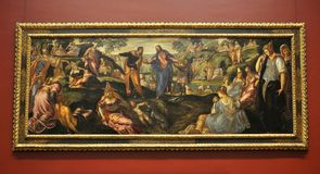 El milagro de panes y de pescados, por Tintoretto Imagen de archivo