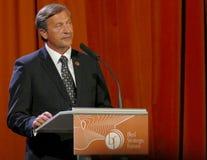 El ministro de asuntos exteriores de Eslovenia Karl Viktor Erjavec en la ceremonia de inauguración del negocio sangró foro estrat foto de archivo