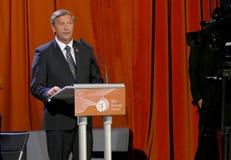 El ministro de asuntos exteriores de Eslovenia Karl Viktor Erjavec en la ceremonia de inauguración del negocio sangró foro estrat foto de archivo libre de regalías