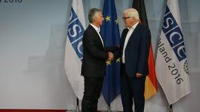 El Ministro de Asuntos Exteriores federal Dr Frank-Walter Steinmeier acoge con satisfacción a Didier Burkhalter metrajes