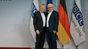 El Ministro de Asuntos Exteriores federal Dr Frank-Walter Steinmeier acoge con satisfacción a Didier Reynders almacen de video