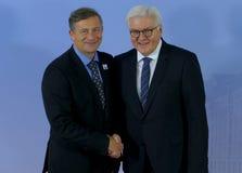 El ministro Dr Frank-Walter Steinmeier acoge con satisfacción a Karl Erjavec Imagenes de archivo