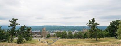 El mirar abajo Cornell de la cumbre Imagen de archivo libre de regalías