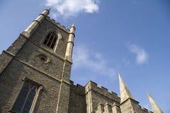 El mirar para arriba abajo la catedral Foto de archivo libre de regalías