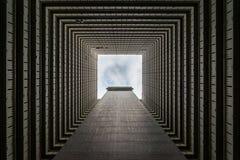 El mirar para arriba las construcciones de viviendas imagen de archivo