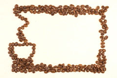 El modelo de la taza de café compone por el grano de café Imagenes de archivo