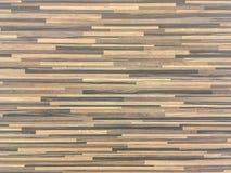 El modelo de madera superficial del primer en la pared de madera vieja texturizó el fondo Fotos de archivo libres de regalías