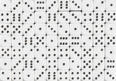 El modelo del fondo de 70 blancos corta en cuadritos, al azar pedida imagen de archivo