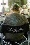 El modelo en compone el sitio durante el desfile de moda A de Maria Escote fotos de archivo libres de regalías