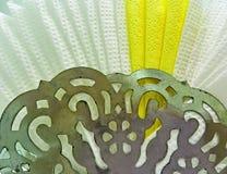 El modelo en el tenedor de la servilleta del metal Foto de archivo libre de regalías