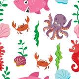 El modelo inconsútil de los niños multicolores de figuras de la vida marina: cangrejo, tiburón, seahorse, pulpo ilustración del vector