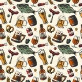 El modelo inconsútil de los productos alimenticios de la taza y de cerveza vector el fondo con los pescados, bebida en vidrio Fotos de archivo