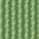 El modelo inconsútil del verde del vector con el helecho sale de rayas verticales Conveniente para la materia textil, el papel de stock de ilustración