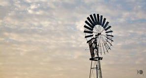 El molino de viento Imagen de archivo libre de regalías