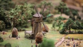El molino de viento gira
