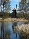 El molino de viento viejo fue construido como atracción turística empleada el isla Imagenes de archivo