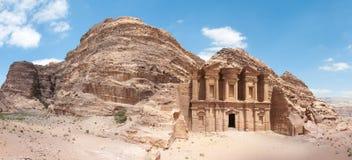 El Monastarty, Petra, Jordania Imágenes de archivo libres de regalías