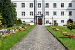 El monasterio de Engelberg en las montañas suizas Imágenes de archivo libres de regalías