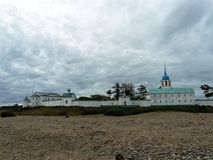 El monasterio en la costa imagenes de archivo
