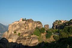 El monasterio santo de Varlaam y monasterio santo de gran Meteoron imágenes de archivo libres de regalías