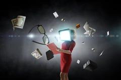 El monitor del vintage dirigi? a la mujer Concepto de la eficacia del negocio T?cnicas mixtas imagen de archivo