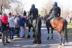 El montar de los gendarmes Fotografía de archivo libre de regalías