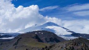 El monte Elbrus Timelapse 4K metrajes