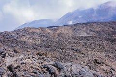 El monte Etna, volcán activo en la costa este de Sicilia, Italia imagen de archivo libre de regalías