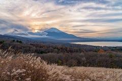 El monte Fuji en Yamanakako Fotos de archivo