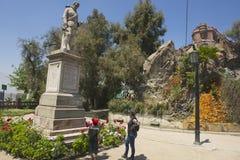 El monumento al 1r gobernador real de Chile y el fundador de la ciudad de Santiago ponen a Pedro de Valdivia en Santiago, Chile Imágenes de archivo libres de regalías