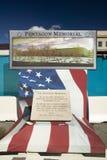 El monumento de Pentagon que honra a 184 víctimas del attentado terrorista de 9/11 contra el Pentagon en 2001, C C Fotografía de archivo libre de regalías