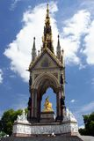 El monumento de príncipe Albert en Hyde Park, Londres. Fotos de archivo