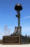 El monumento en el honor de soldados caidos perdió su vida en Iraq y Afganistán en los veteranos Memorial Park, ciudad de Napa Imagen de archivo libre de regalías