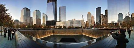 El monumento reúne panorama en el nacional 9/11 monumento Imagen de archivo