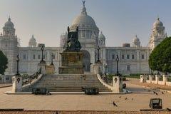 El monumento y el museo arquitectónicos hermosos del edificio de Victoria Memorial en Kolkata construyeron en la memoria de la re Imagenes de archivo
