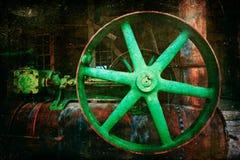 El motor de vapor rueda adentro la luz y la sombra Fotos de archivo